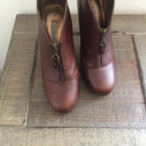Cynthia Vincent Brown leather Fashion ankle boots